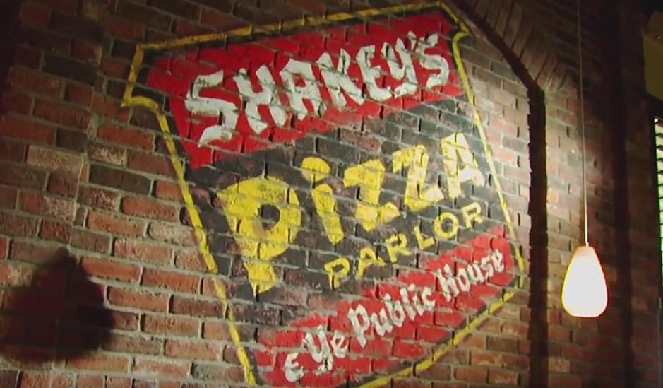 ShakeysPizza