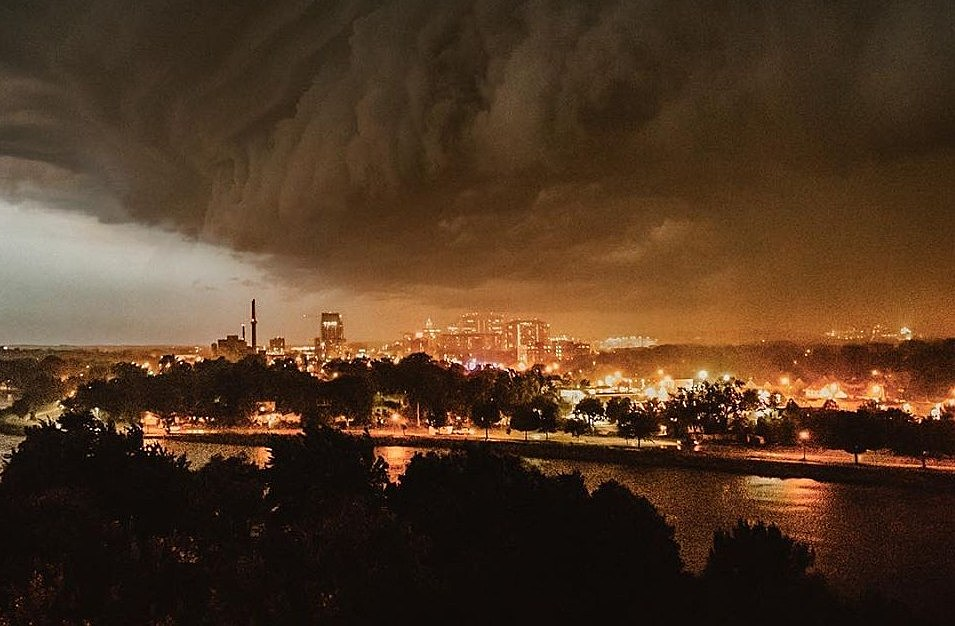 This Storm Cloud Looked Like It Wanted To Devour Rochester | The Rock of Rochester